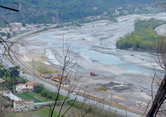 Vallée du Var : des travaux gigantesques pour prévenir les inondations ! Par Pierre BROUARD -- le 5 novembre 2018 //Des travaux de confortement des digues sont prévus, notamment sur 14 km de la rive gauche du fleuve.